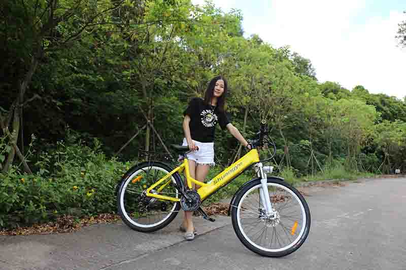 Be a superman with electric bicycle