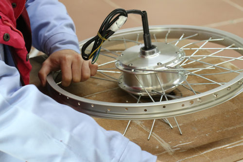 Electric bicycle spokes